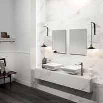 Bathroom Polished gold carrara marble